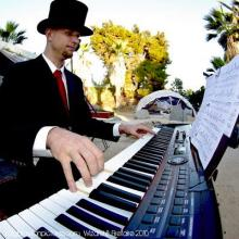 Jeremy Weinglass Piano